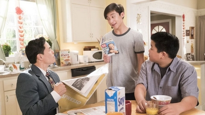 Fresh Off the Boat 04x16 : Ride The Tiger- Seriesaddict